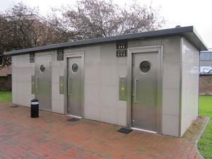 public_toilet1